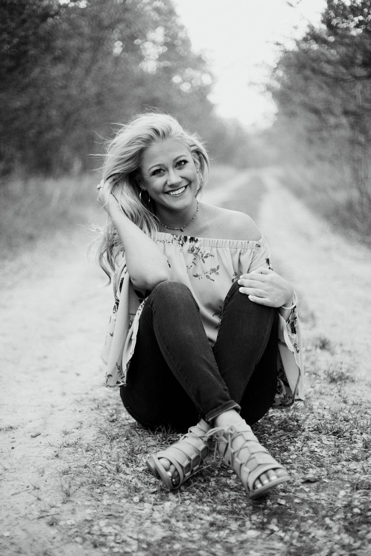 Brianna-Perrin-Senior-25.jpg