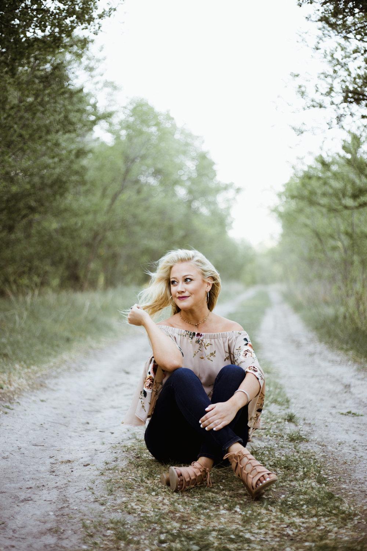 Brianna-Perrin-Senior-28.jpg