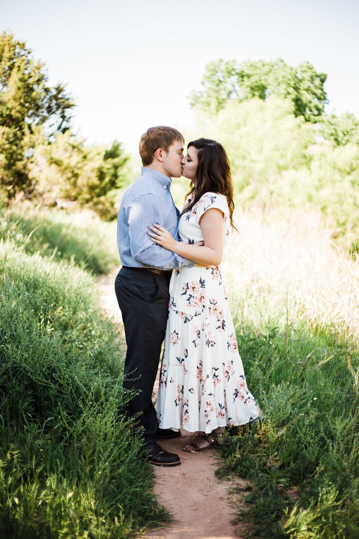 Laura-Noah-Engagements-1.jpg