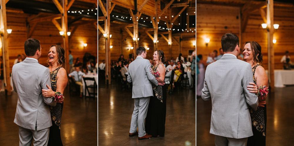 Brooke Townsend Photography - Cincinnati Wedding Photographer (220 of 230).jpg