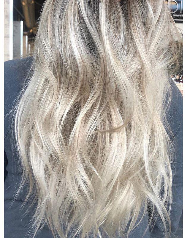 loreal blond studio + dia light 💡