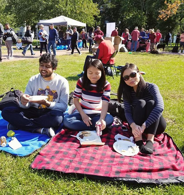 THANK YOU! To the hundreds that supported our Picnic For A Purpose event! In partnership with @winterwalkboston all 200 meals were served and all blankets for donation were given to those in need! Thank you to our sponsor Griffin Electric and EVERYONE who made this possible!