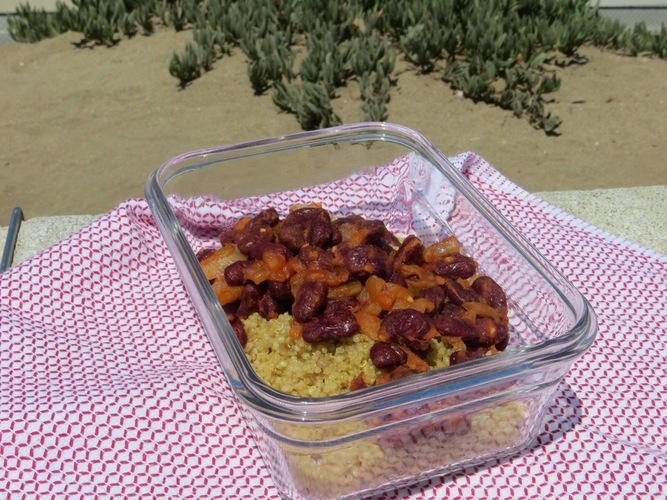 Quinoa and Spanish style kidney beans