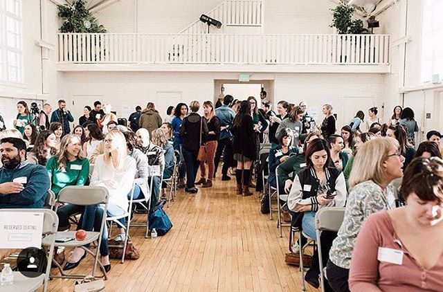 Creative Mornings is a week from today! We'll be there early with our Piccolo blend and complimentary bottles of #BoldCrew! Can't wait to spend time with all of y'all Creative Types 😘 Be sure to set your alarms on Monday to get your tickets 🎟🎟 #howiseasons | #claramidtown | @cm_sacramento