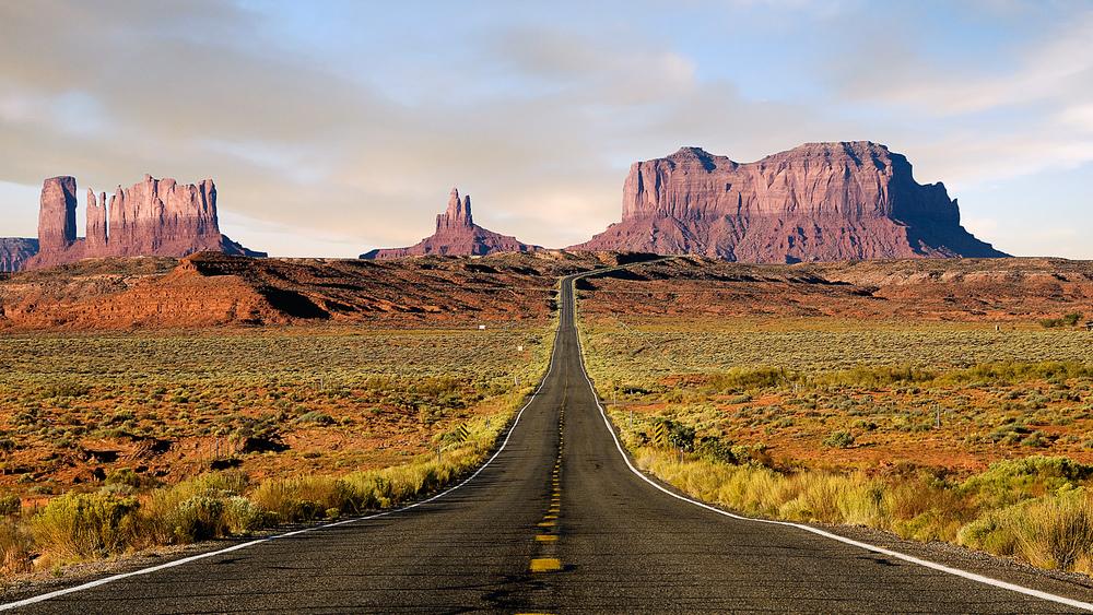 US-Desert-Highway.jpg