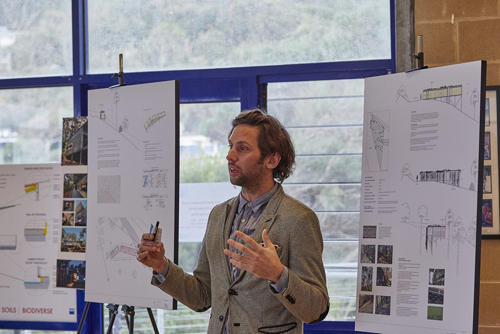 Ben Edwards from  EdwardsMoore  presented his design which is a personal project in Wye River on a modest budget.