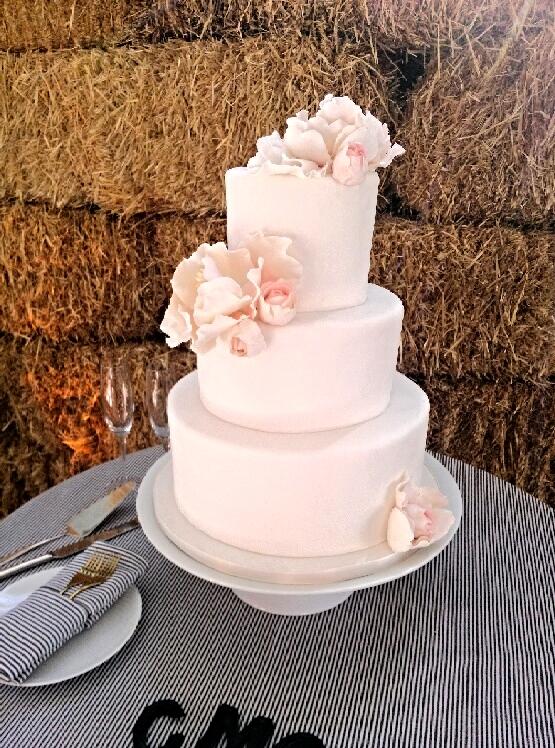 CakeCoquette2.jpg