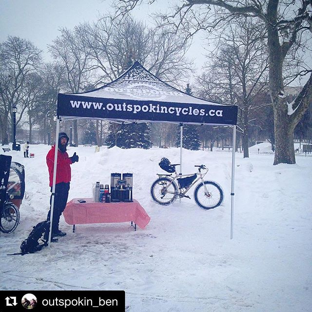 Repost @outspokin_ben ・・・ Hey winter riders! Come get free coffee from @ldnontbikecafe ! Here till 10am! #winterbiketoworkday