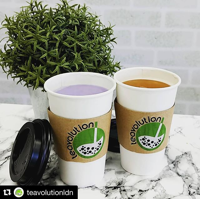 Check out @teavolutionldn located on 205 Oxford St. E! Featuring some incredible selection of tea and.... soft serve matcha! ♥️🍨 Comment below if you've been!