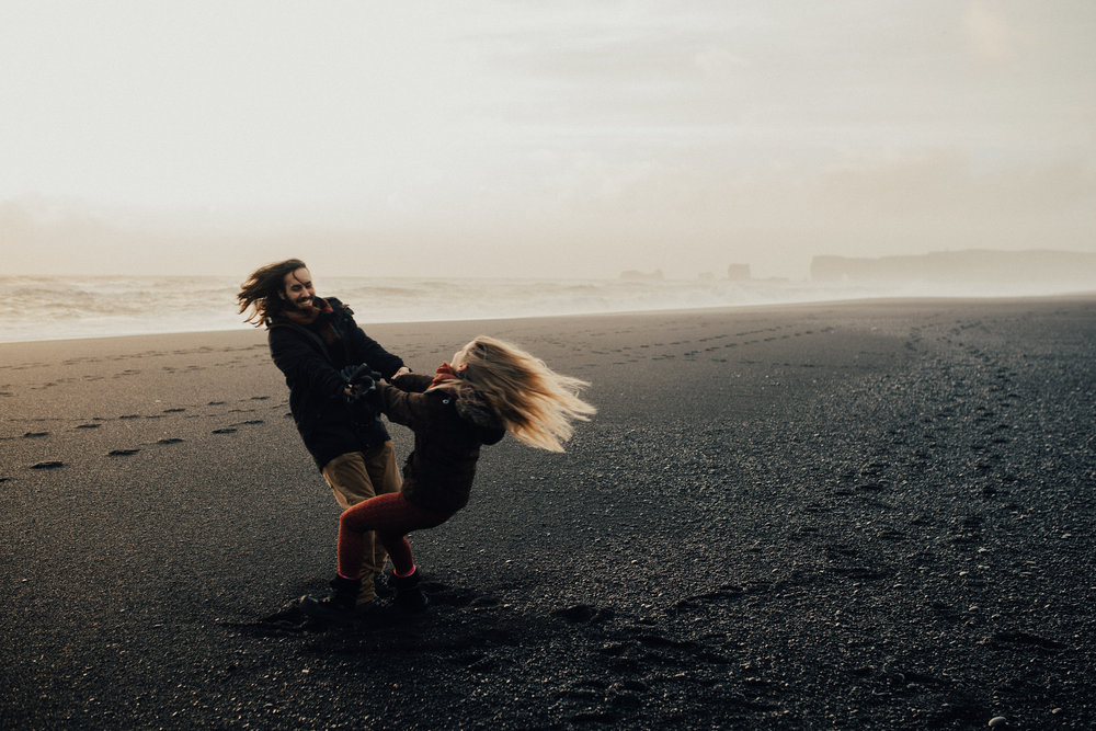 Adventurous iceland couple's session