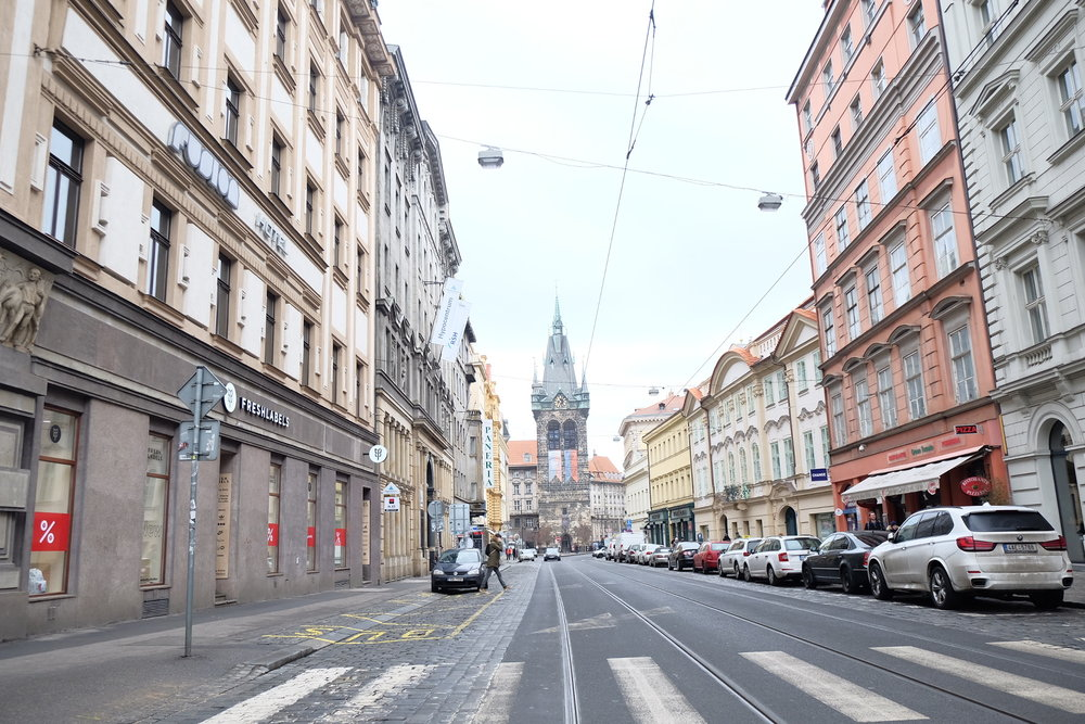 Prague must have been the cleanest place I've ever seen! Plus look at those pastel buildings <3