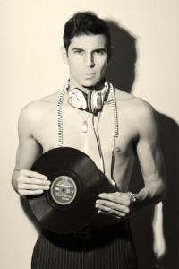 DJ TRACER