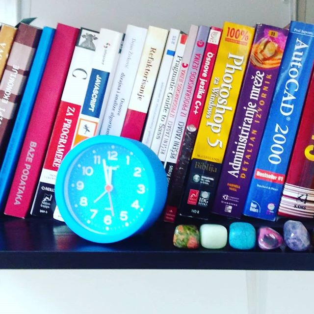 It's high time ⏰ we showed up again! Thought you'd like to see our tiny Eemagine library 😎 . . #programming #books #programmerslife💻 #coding #software #thedevlife