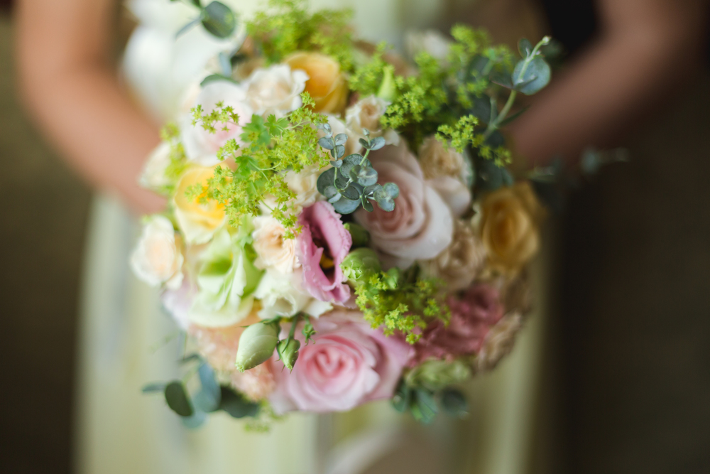 Wedding flowers. Wedding photographer Cardiff, South Wales