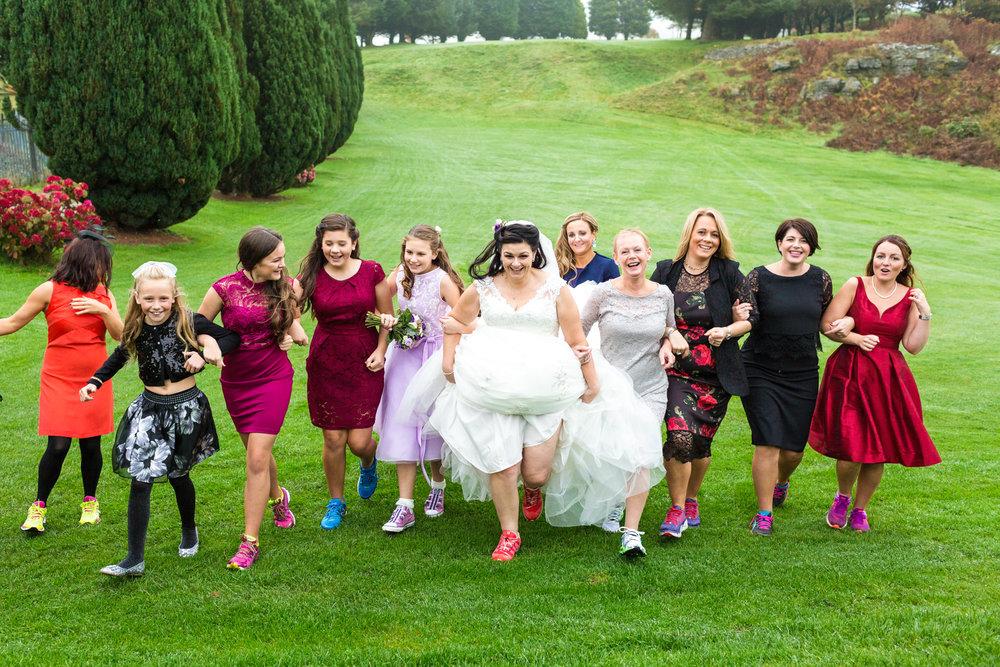 Pontypridd golf club wedding photographer. All the girls