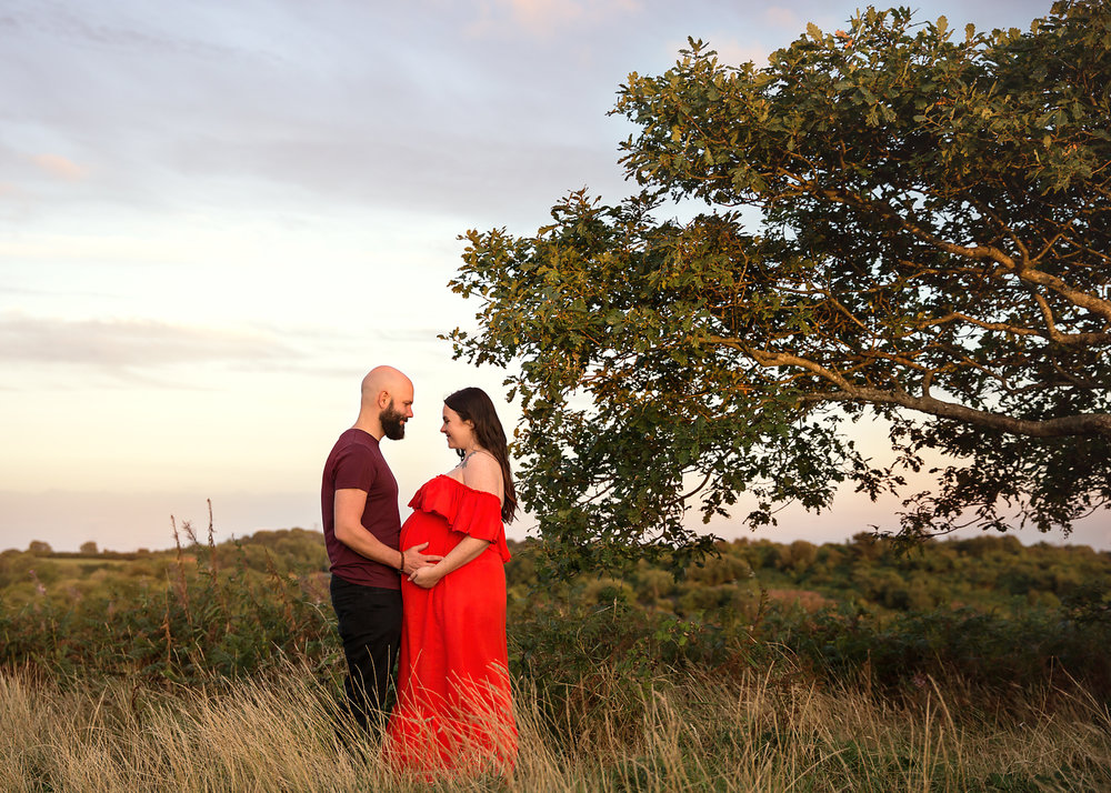 maternity bump photographer south wales cardiff