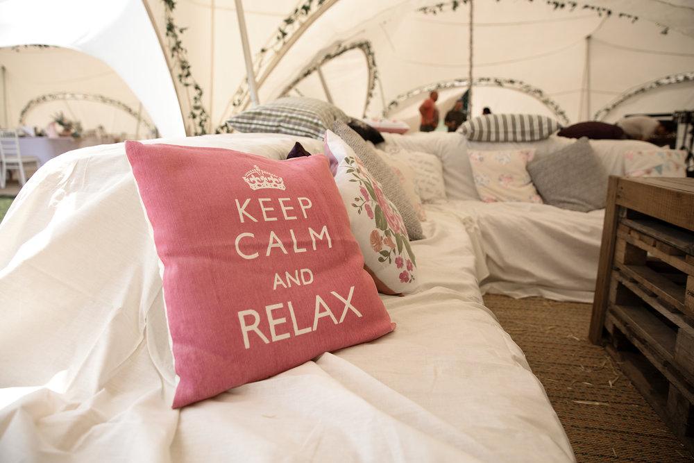 Keep calm and relax wedding photos