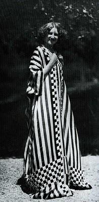 Emilie Flöge wearing Schwestern Flöge
