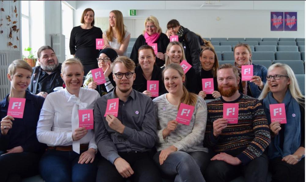 Feministisen puolueen tuoreita kuntavaaliehdokkaita Helsingistä, Espoosta ja Tampereelta.