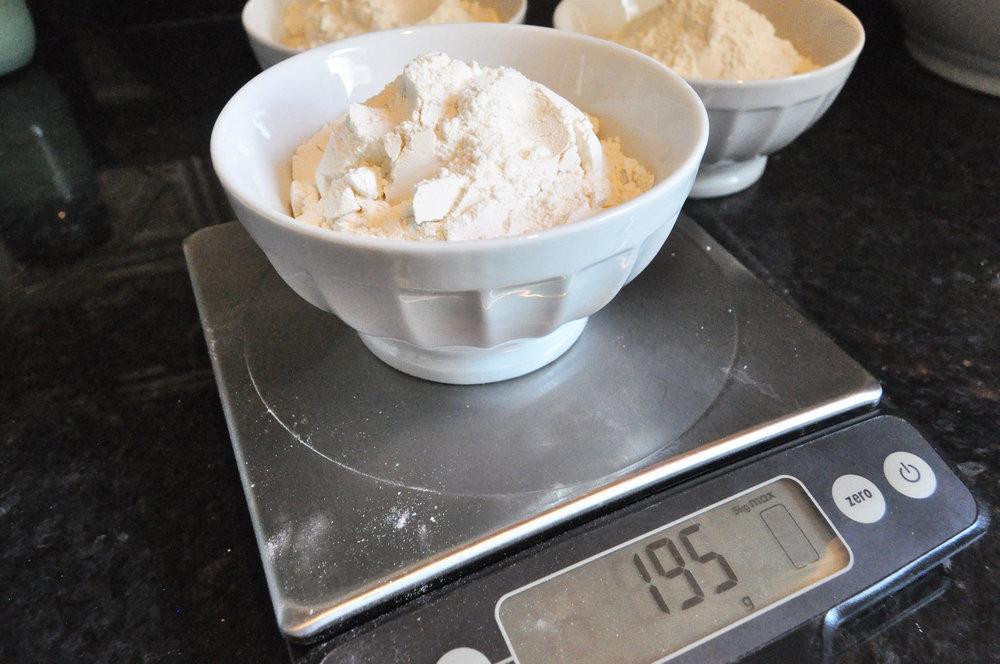 flour-food-scale-grams