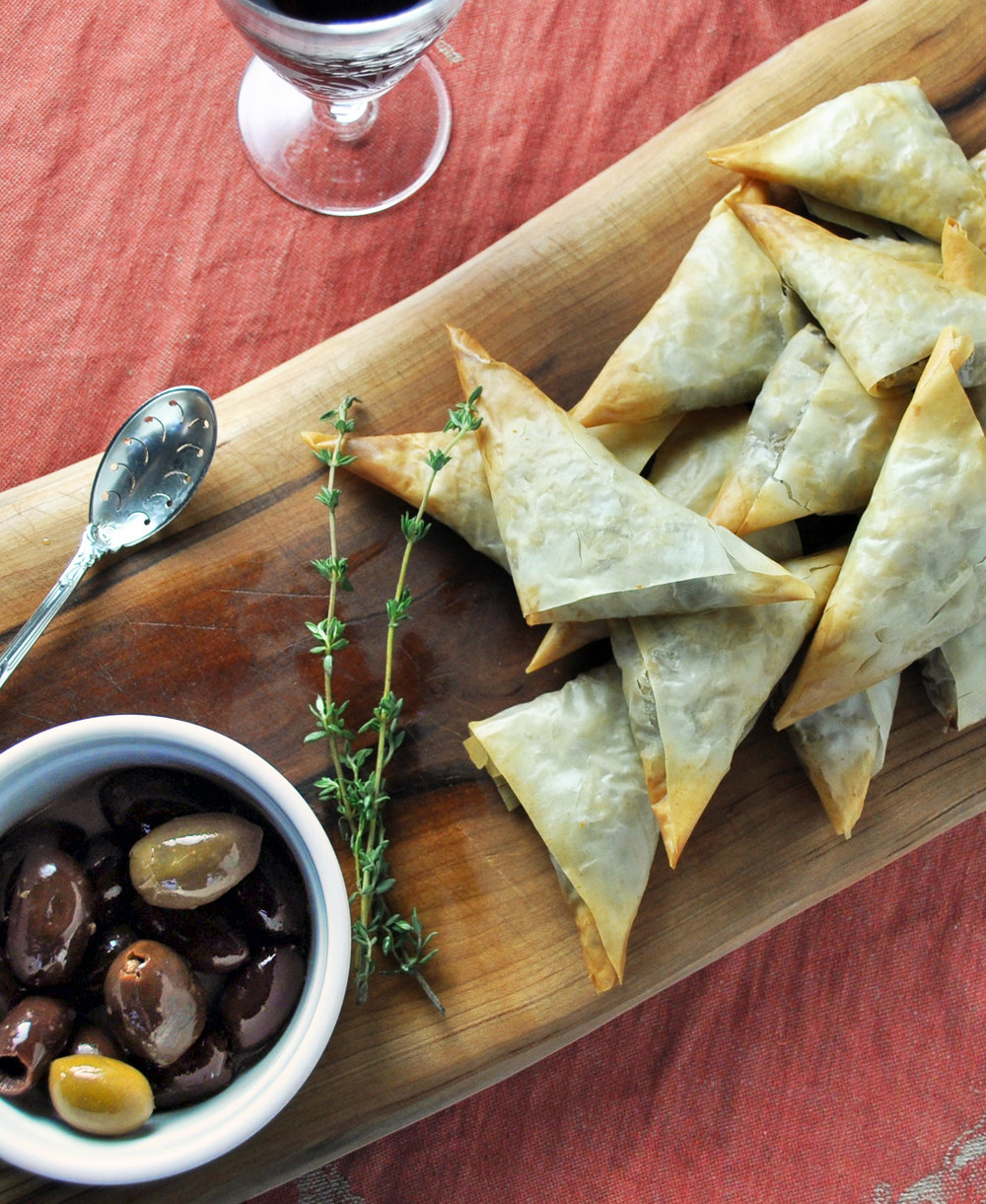 phyllo_triangles_olives_thyme.jpg