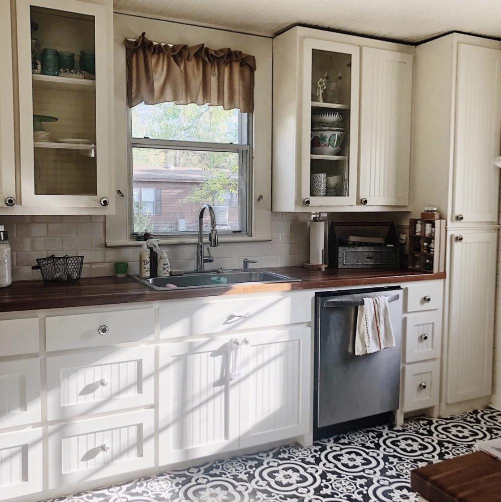 Clutter Free Kitchen