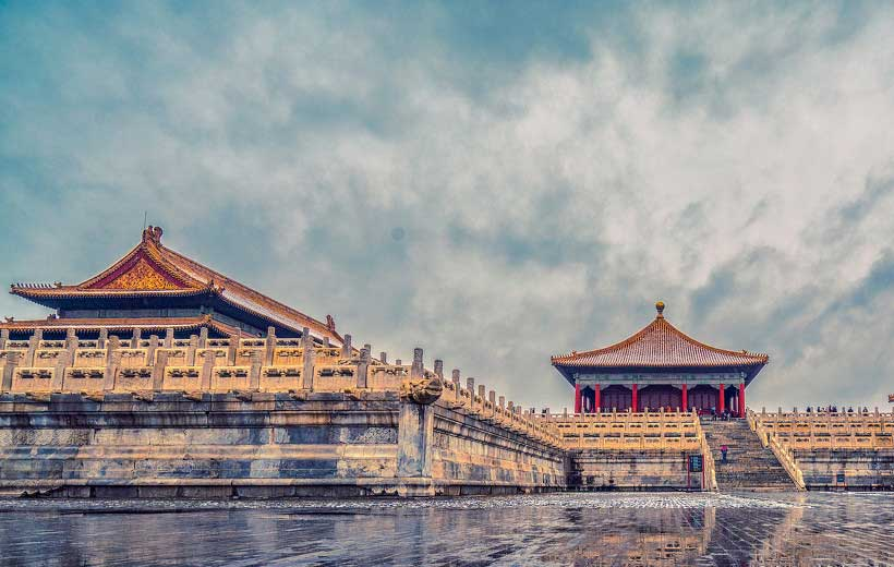 Forbidden City Photo source: https://tuchong.com/478898/12755840/
