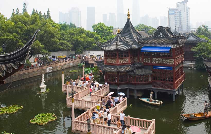 Yu Garden Photo source: http://www.360doc.com/content/10/0615/21/534008_33290482.shtml