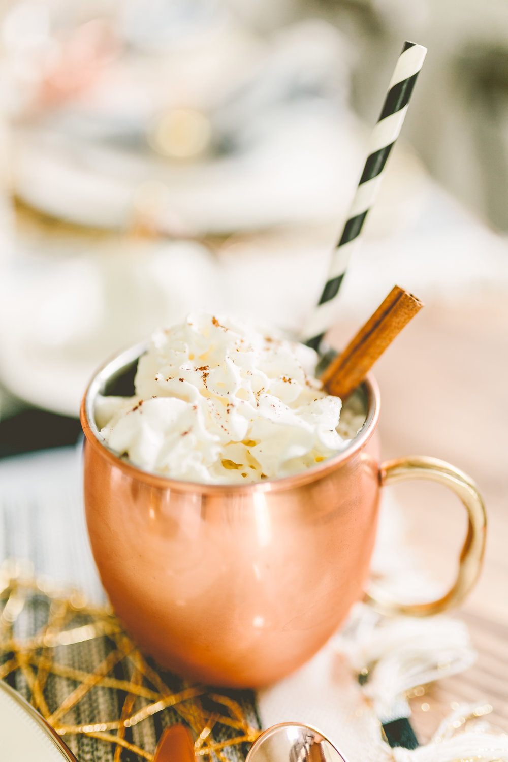 This delicious, creamy crockpot apple cider recipe from Claire Falco Creative is perfect for the holidays! Check out the video!