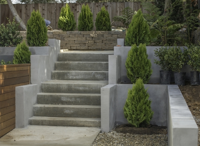 Mod steps for back access to terraces.