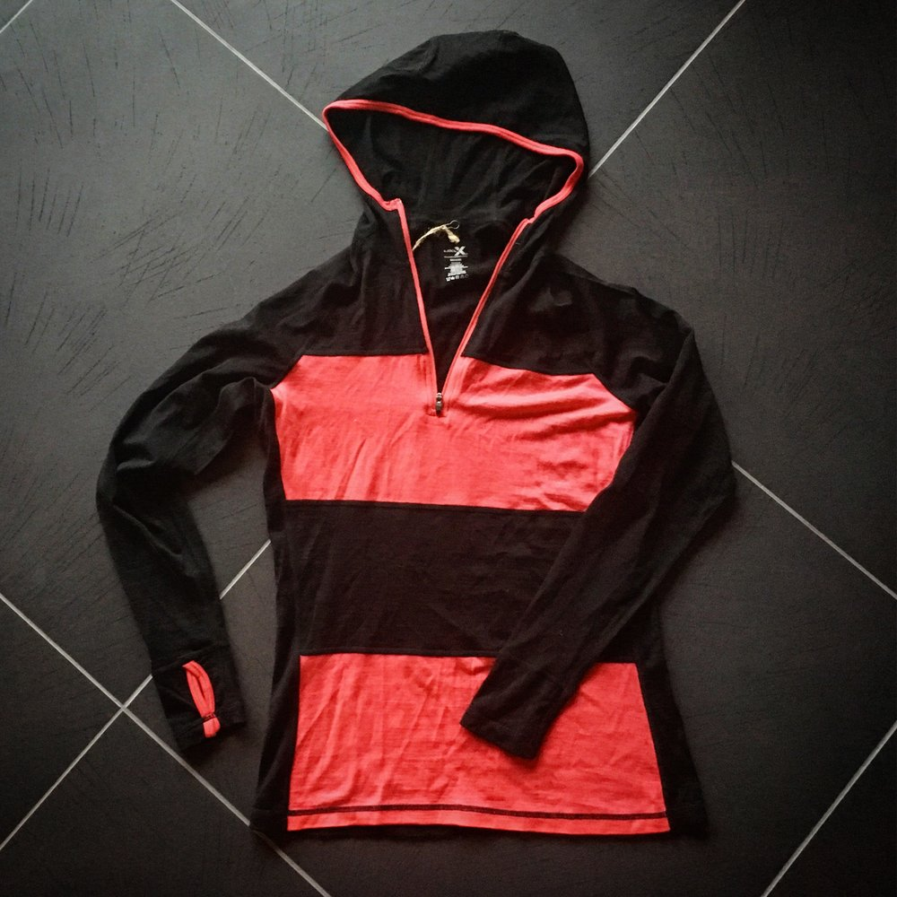 "Women's lightweight ""Basecamp"" hoodie from Woolx"