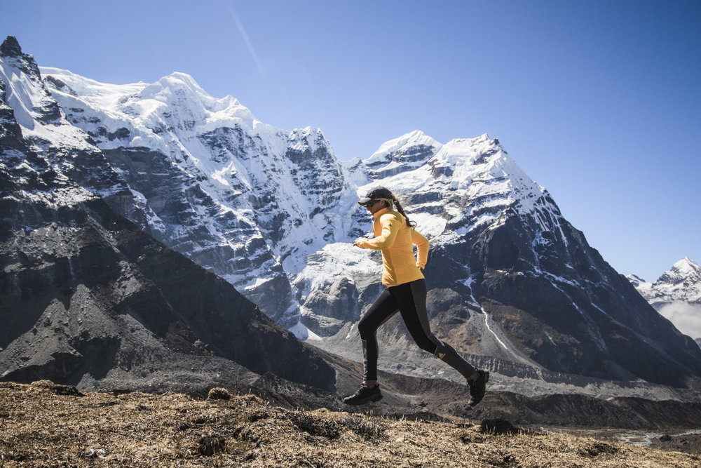A little high altitude jog (ha...) in front of magnificent Mera Peak