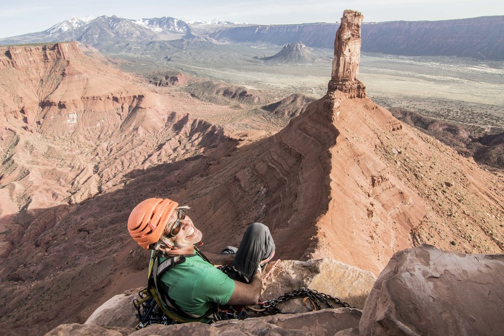 Stoke on top of desert classic Fine Jade on a perfect day in Castle Valley. @clmbrlifr shot by @sstroeer. #mountainhardwear #metoliusclimbing #chasingsunshine #purejoy #youradventure