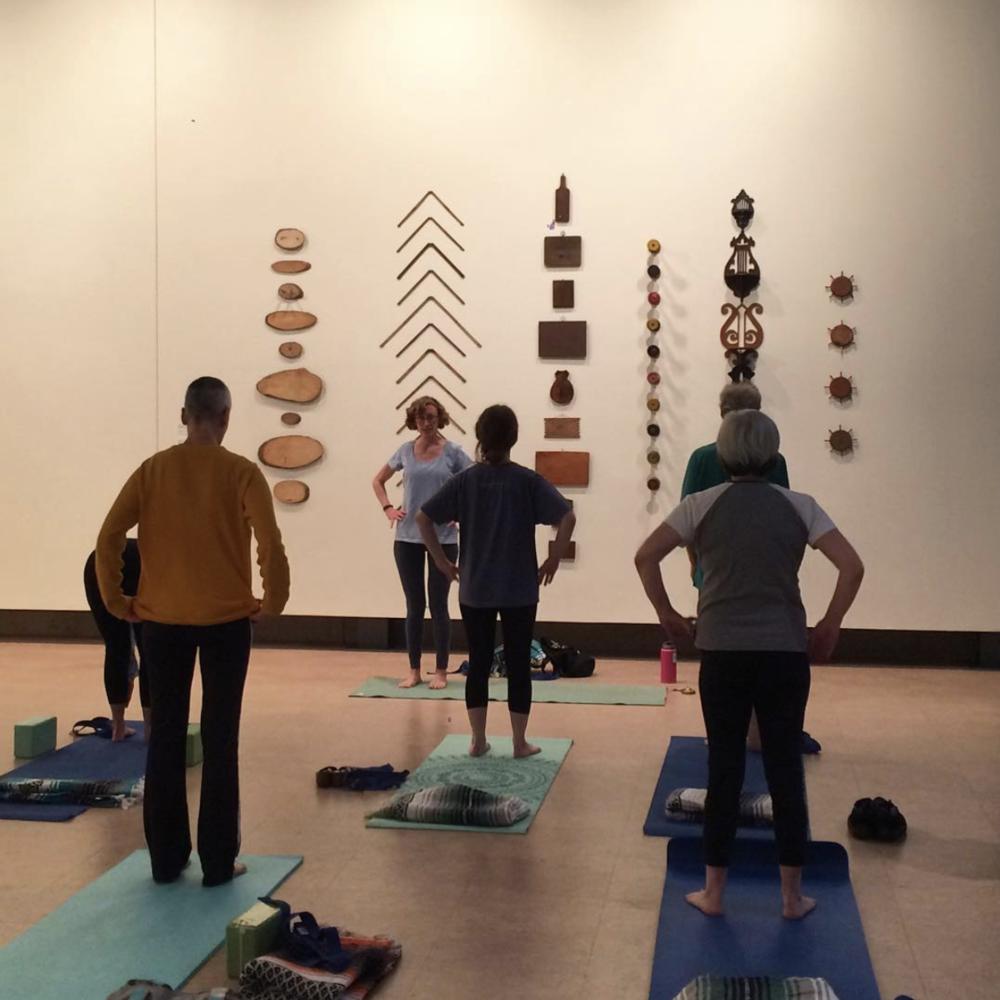 yoga_bates.png