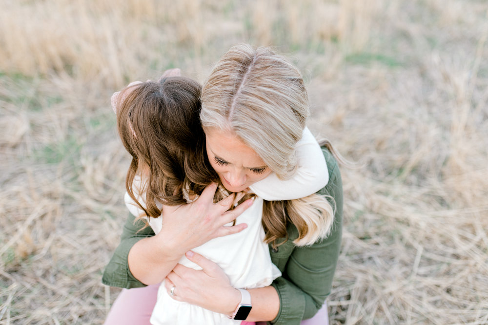 lifestyle photographer in Boise, id | family session in the boise foothills | military reserve | mom and daughter
