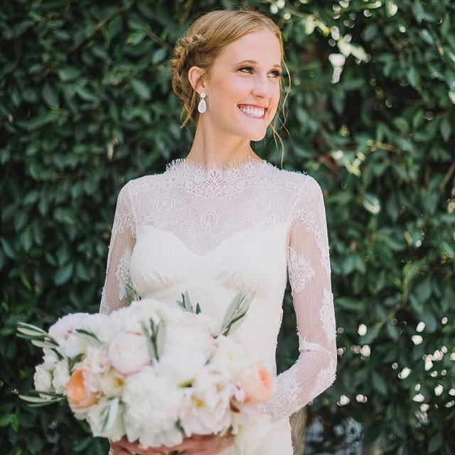 Emily.  #hairofthebride · · · · #greenbride #nontoxicbeauty #beauty #bridal #bride #organichairstyling #organichairproducts #nontoxic #hairandmakeup #love #losangelesweddings #ocbridalhair #ocwedding #ochairstylist #ocbridalstylist #naturalbride #goddess #goddesswaves #married #weddinghairstylist #weddings #nontoxichaircare #hairthatlasts #haircare #weddinginfluencer #nontoxicinfluencer #bridalhairexpert #hairinfluencer #hair
