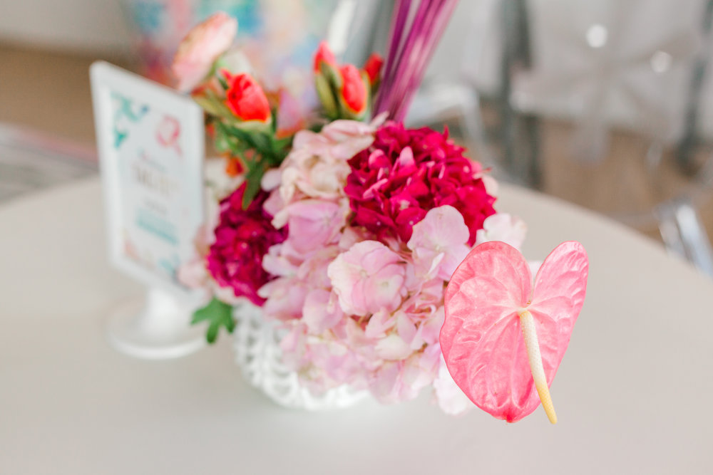 Blooms by  Lindy Floral  were a nice touch to the event and made for the perfect spring touch, along with the wrapped blooms that we gave to our attendees.