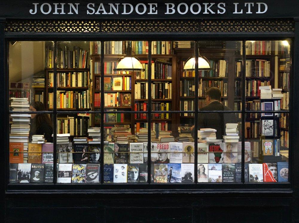 books-bookshop-bookstore-626986-min.jpg