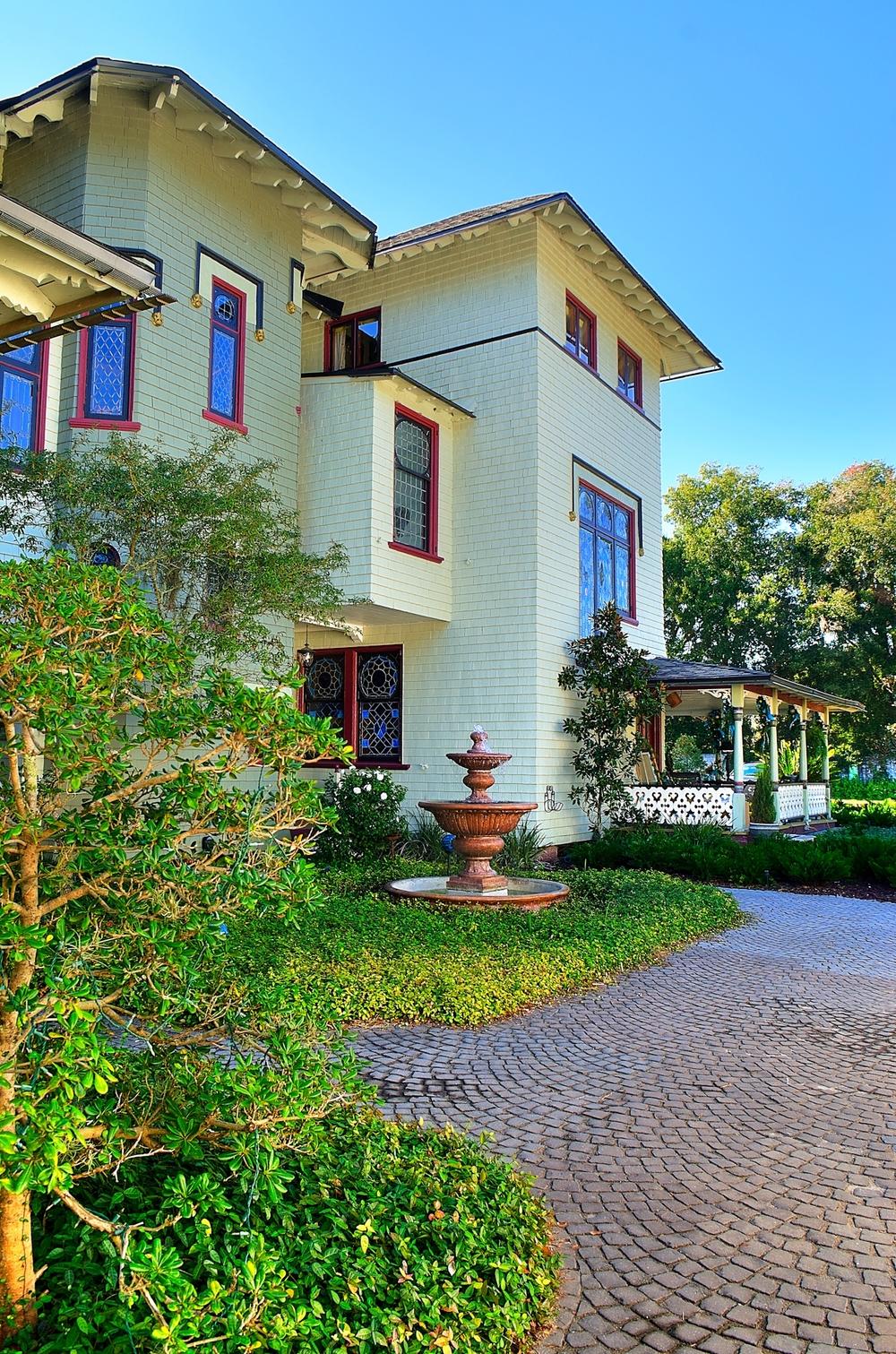 mansion 34-b.jpg