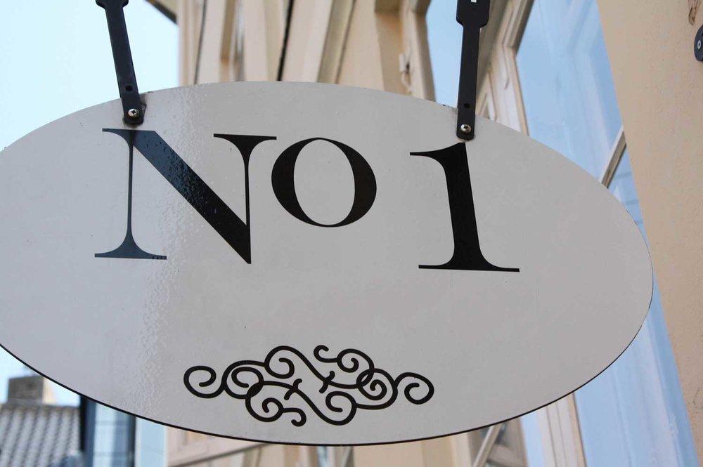 No1sm.jpg