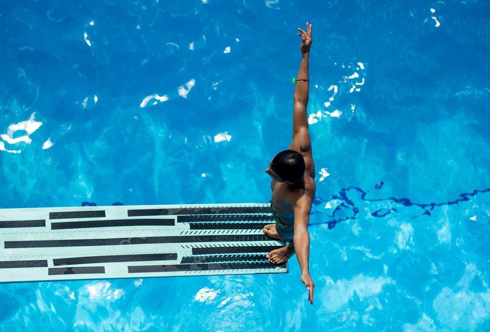 swimming-2741030_1280.jpg