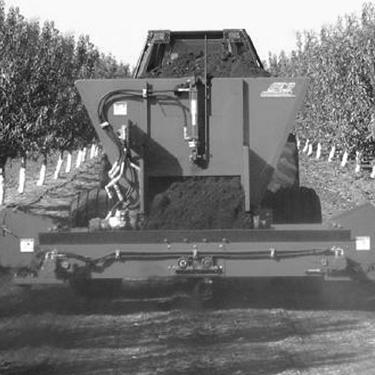 Vineyard/Orchard Manure Spreader