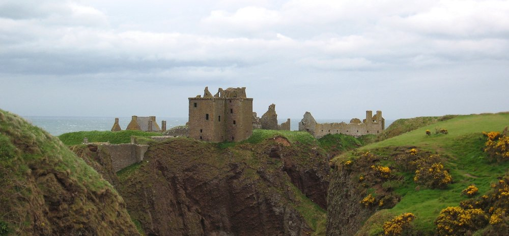 Dunnottar Castle. Credit JuVlai.