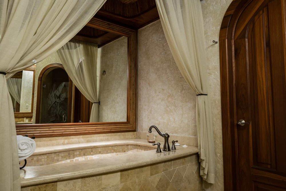 Hot tub in Springs Resort & Spa Vista Guest Room.