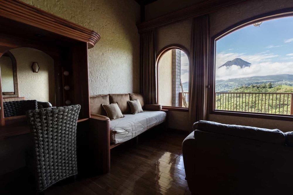 Vista-Guest-Room-Standar-Springs-Resort-9.jpg