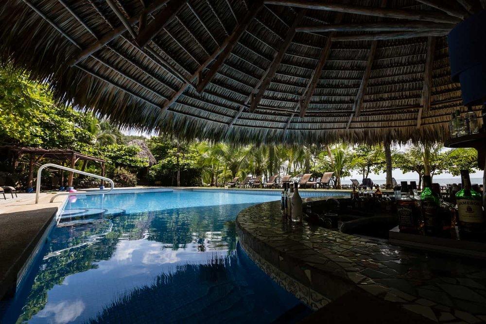 Los-Cocos-Beach-Bar-Hotel-Punta-Islita-5.jpg