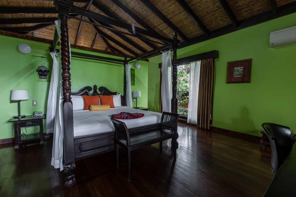 Guest-Room-King-Bed-Rio-Celeste-Hideaway-Hotel-6.jpg