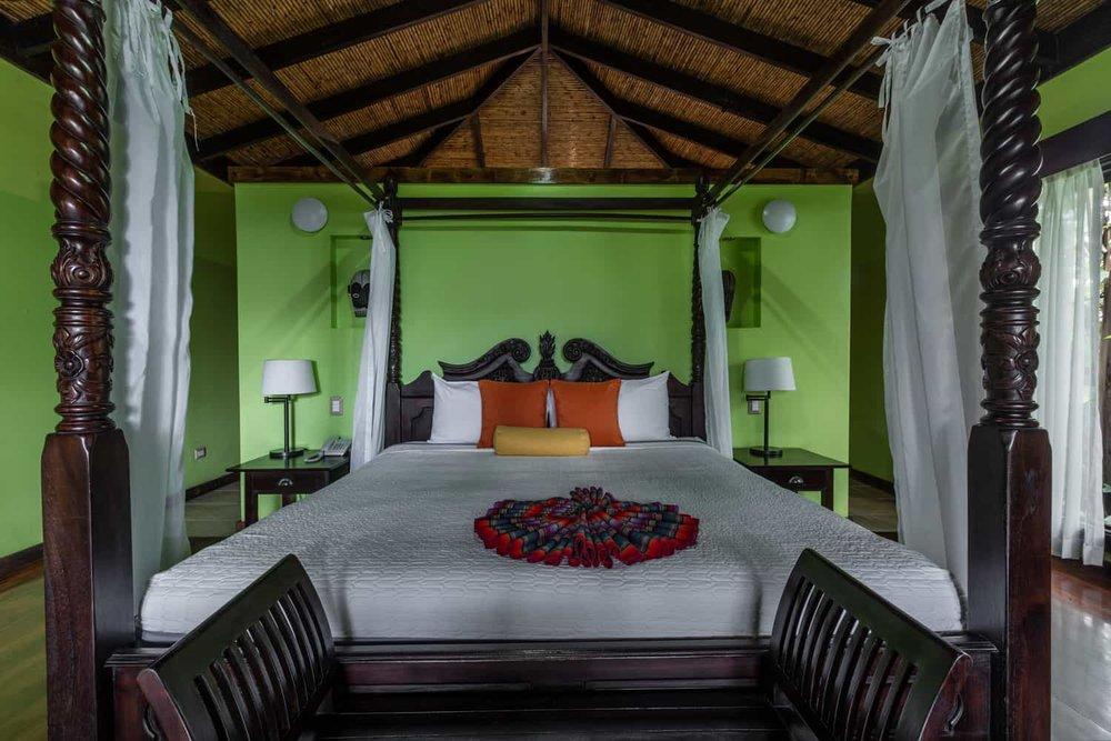 Guest-Room-King-Bed-Rio-Celeste-Hideaway-Hotel-7.jpg