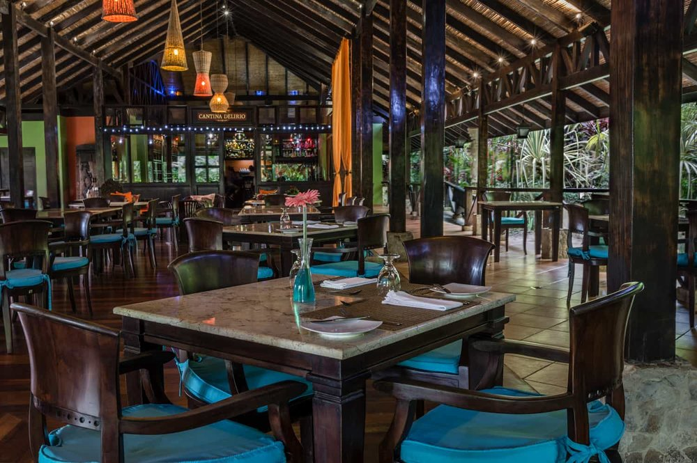 Interior view of Rio Celeste Hideaway Hotel's restaurant.
