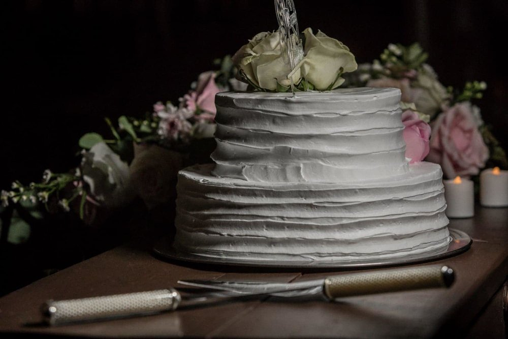 Delicious-looking wedding cake during ceremony at Occidental Papagayo.